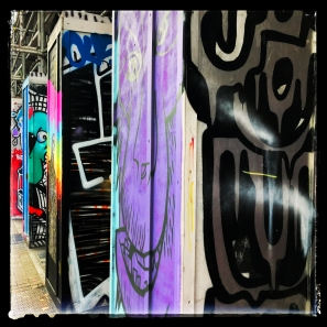 Shoreditch :: © image copyright Louise Badawi 2017, all rights reserved
